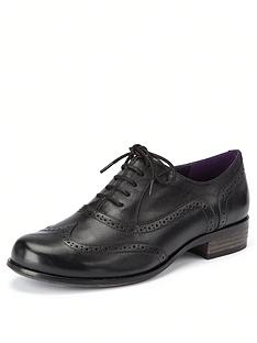 clarks-hamble-oak-leather-brogues-black