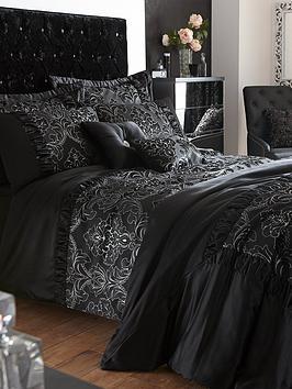 Buckingham Duvet Cover And Pillowcase Set