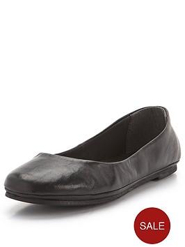 shoe-box-perfect-leather-pumps-black