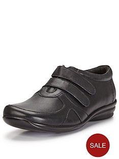 foot-cushion-pippa-touch-strap-fasten-leather-comfort-shoes