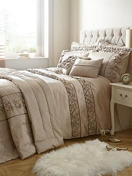 Very Franchesca Duvet Cover Set Picture