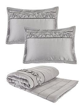 Very Franchesca Bedspread Throw And Pillow Shams Set Picture