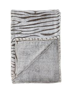 carved-mink-throw