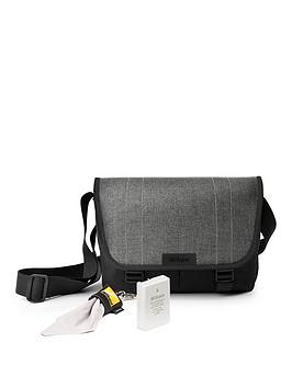 Nikon Nikon Dslr Accessory Kit Picture