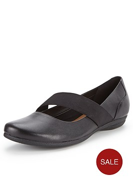 clarks-discovery-ritz-mary-jane-flat-shoes