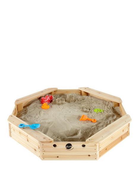 plum-treasure-beach-wooden-sand-pit