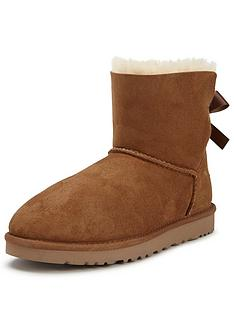 ugg-australia-mini-bailey-bow