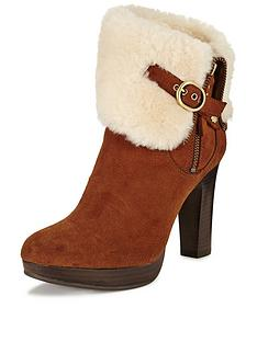 ugg-australia-scarlett-exposed-shearling-buckle-ankle-boot