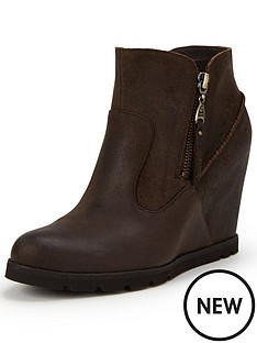 ugg-australia-ugg-myrna-leather-wedge-ankle-boot