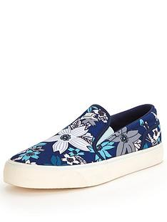 nike-toki-printed-slip-on-shoes
