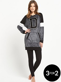 dkny-sleepshirt-and-leggings-set