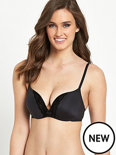 triumph-sheer-velvet-sensation-magic-wire-push-up-bra