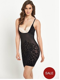 triumph-velvet-sensation-shaping-dress