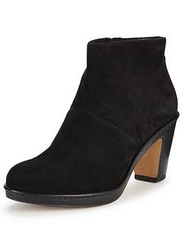 clarks-dulcie-sue-ankle-boot