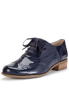 clarks-hamble-oak-brogue-shoes