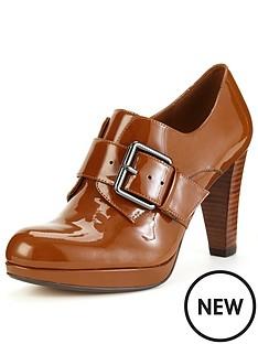 clarks-kendra-art-buckle-heeled-shoes