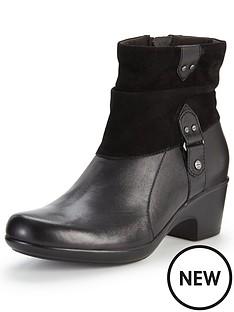 clarks-malia-kona-low-heeled-ankle-boot