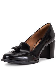clarks-clarks-tarah-rosie-heeled-loafer-shoe