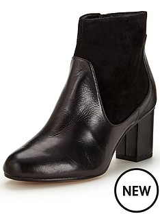 clarks-clarks-aldwych-wood-leather-ankle-boot