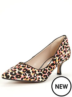 clarks-clarks-aquifer-soda-leopard-kitten-heel-court-shoe