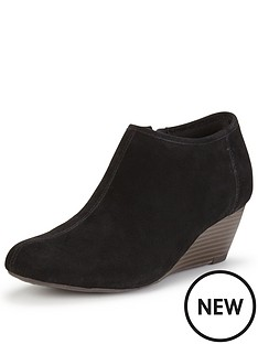 clarks-brielle-abby-low-wedge-ankle-boot