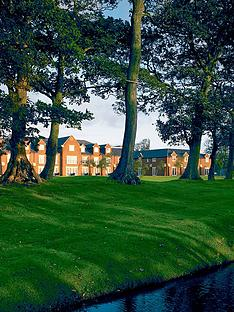 virgin-experience-days-sparkling-afternoon-tea-for-two-at-formby-hall-golf-resort-and-spa-merseyside