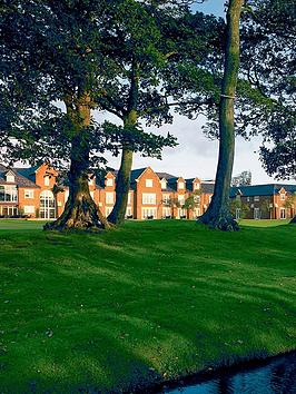virgin-experience-days-sparkling-afternoon-tea-for-two-at-formby-hall-golf-resort-and-spa
