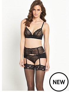 btemptd-btempt039d-bgorgeous-garter-belt