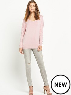 south-exposed-seam-v-neck-jumper