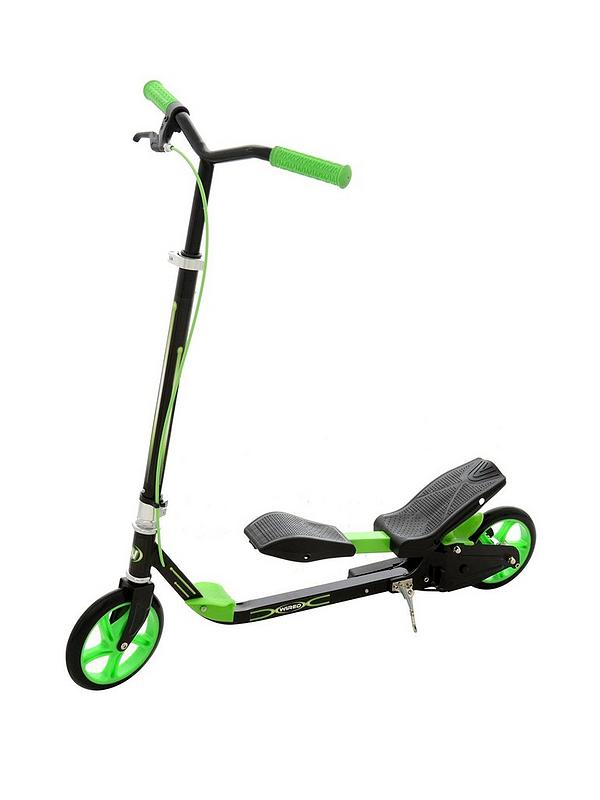 Dynamo Scooter