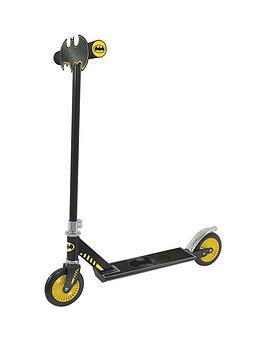 batman-bat-signal-in-line-scooter