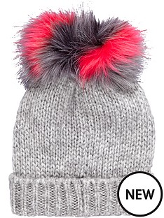 girls-2-fur-pom-pom-beanie-hat