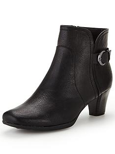 shoe-box-rumer-heeled-buckle-boot-black
