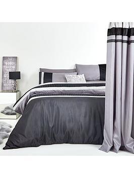 velvet-panel-duvet-cover-set