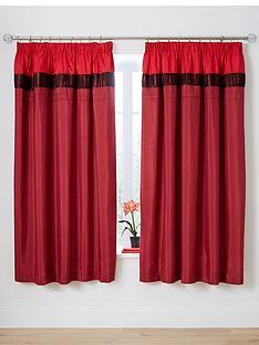 velvet-panel-red-pleated-curtains