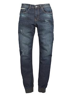 demo-twisted-tapered-jean