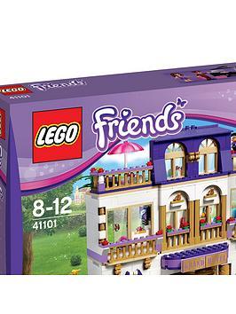 lego-friends-heartlake-grand-hotel-41101
