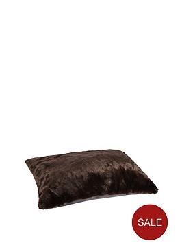 large-faux-fur-pet-bed-chocolate