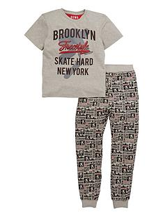 demo-boys-skate-pyjamas-set
