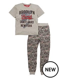 demo-skate-pyjama-set