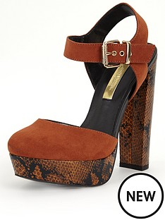 miss-selfridge-70s-snake-print-platform-shoes