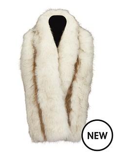 olivia-faux-fur-collar