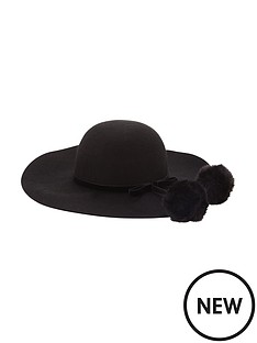 fur-trim-floppy-hat
