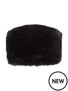 faux-fur-hat