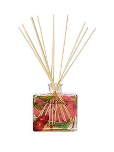 yankee-candle-signature-reed-diffuser-black-cherry