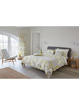 sanderson-wisteria-blossom-oxford-pillowcase-single