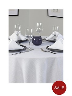 essentials-round-table-linen-set-4-place-settings