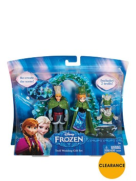 disney-frozen-small-doll-wedding-giftset