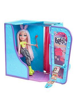 bratz-photobooth-playset-with-doll