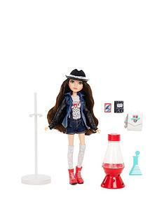 project-mc2-project-mc2-core-doll-with-experiment--mckeyla039s-lava-light